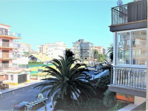 - VENDU - Vend appartement Roses Santa Margarita avec vues sur la mer à 300 mètres de la plage