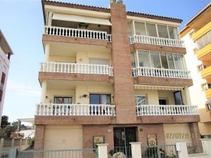 Vente bel appartement a 150 metres de la plage avec vue sur la mer